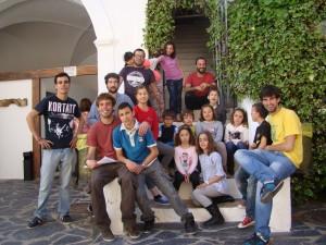 """Niñ@s y monitores participantes en el Taller Educativo """"Oliventia y sus Rumbos"""""""